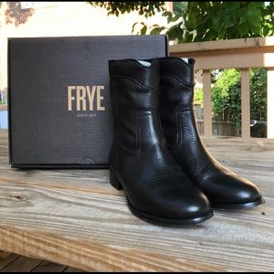 Frye Cara Roper Short Boots, Size 7